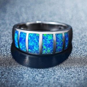 NEW✨ 18k White Gold Blue Fire Opal Silver Ring 6